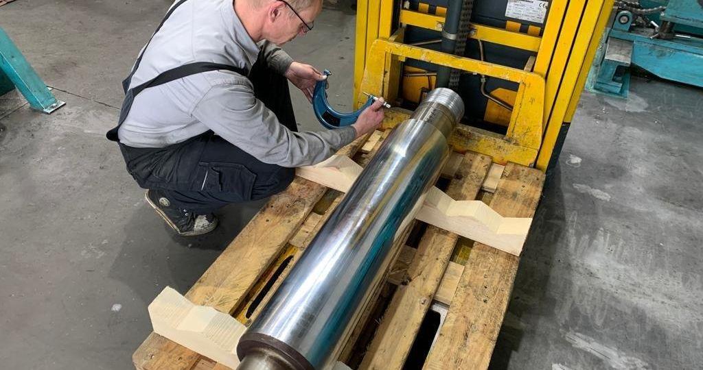 4.Vermessen, Industriezylinder-Kolbenstange